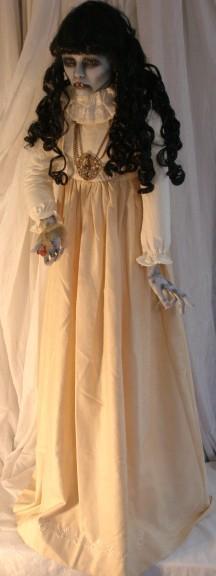 Aterradoras muñecas VAMPIRO Vampiras