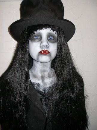 Aterradoras muñecas VAMPIRO Vampiros