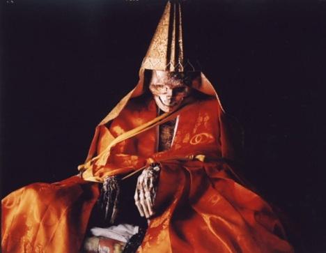 Sokushinbutsu, el proceso de auto momificación de los antiguos monjes budistas