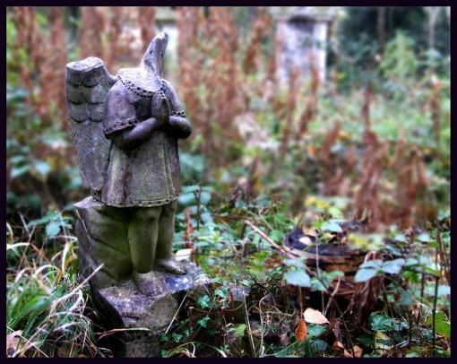 Cementerio de Abney Park, otro mundo en el centro de Londres. Cementerio-abandonado