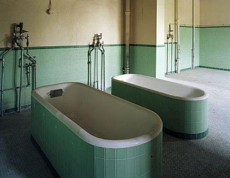 Fotos de un asilo abandonado